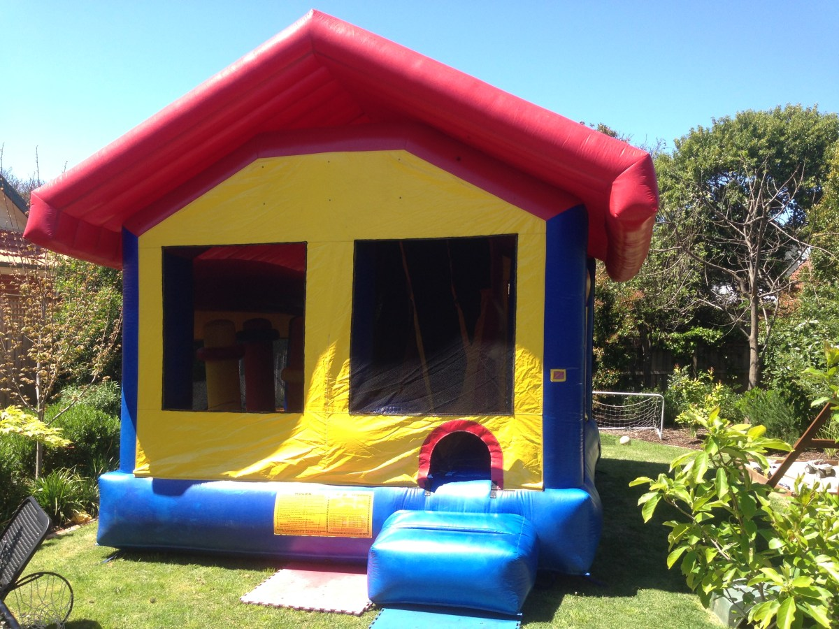 Jumping Castle Hire Step by Step Process (Home Parties)